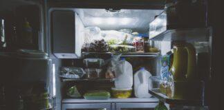 Anziano chiuso in un Freezer