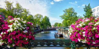 La vista sui canali ad Amsterdam
