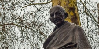 Galles: Gandhi