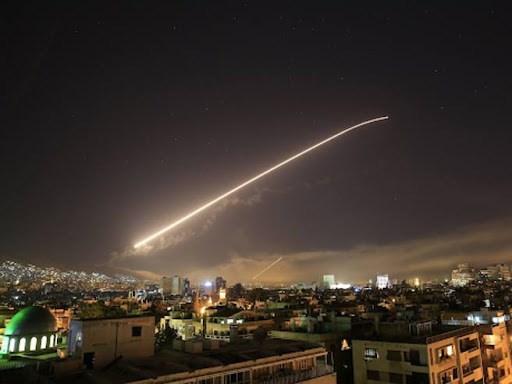 raid aereo in siria