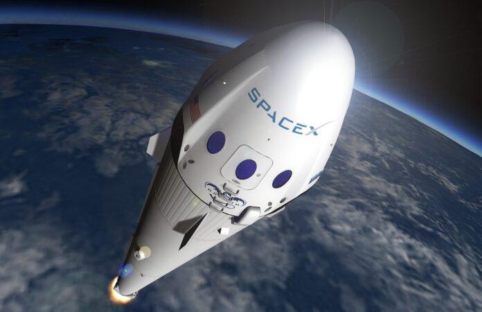 SpaceX: l'astronave che andrà su Marte