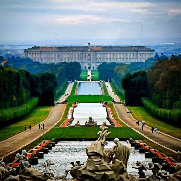Reggia di Caserta. Uno dei Palazzi più famosi d'Italia.