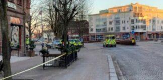 Svezia: otto persone accoltellate