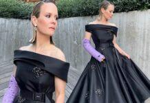 Il look Prada di Sarah Paulson