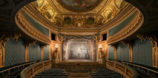 interno del teatro privato di maria antonietta
