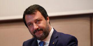 Salvini e la piazza