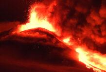 E' tornato a eruttare l'Etna,