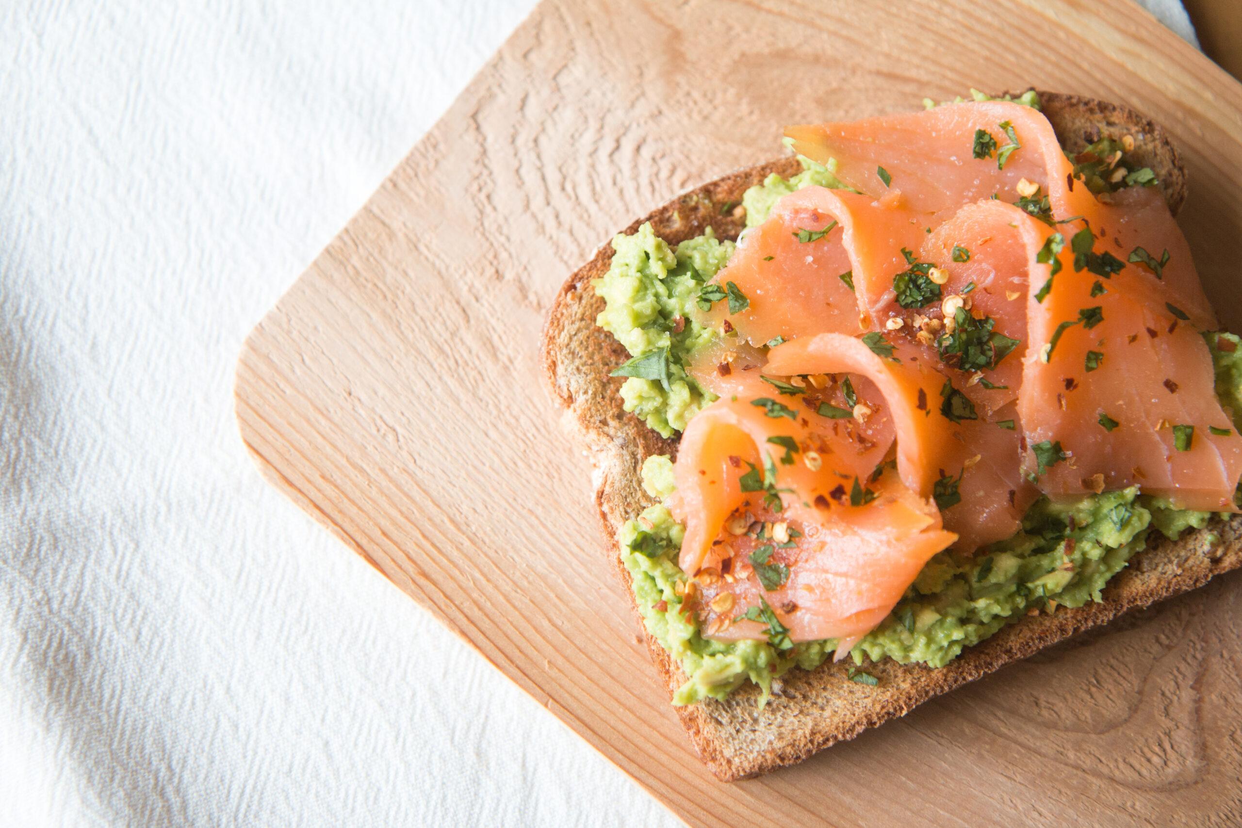Toast al salmone