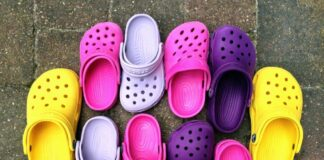 Crocs usate estate 2021