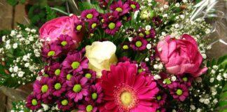 Arriva la borsa per i fiori di Zara