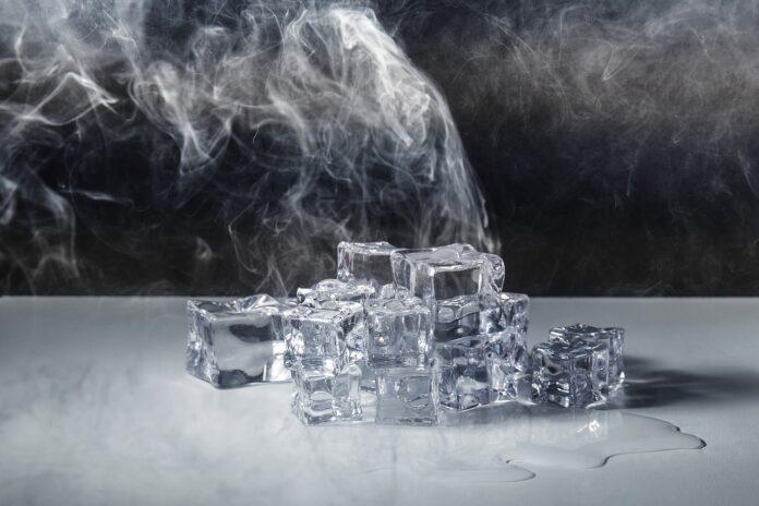 Trattamento ghiaccio sul viso