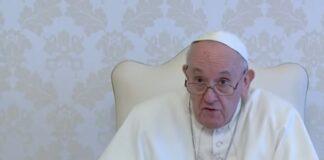 Papa l'ideologia della chiesa
