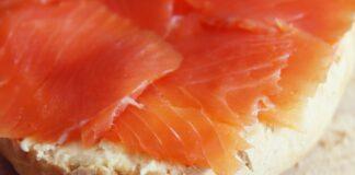 Ricetta insalata di salmone in agrodolce
