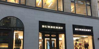 Burberry presenta Universal Passport