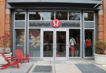 Lululemon Athletica abbigliamento sportivo