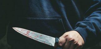 Aggredito con un machete