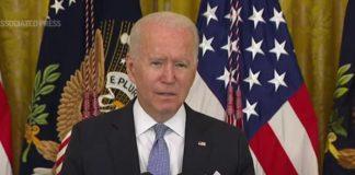 """Biden: """"Vaccinarsi è questione di vita o di morte"""""""