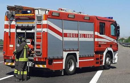 Brucia la provincia di Catania