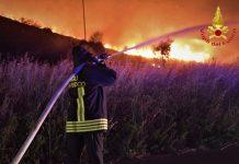 Numerosi incendi
