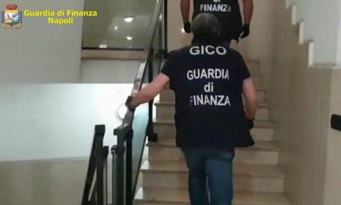 GdF di Napoli Sequestra