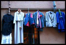 Noleggio degli abiti e scarsa sostenibilità