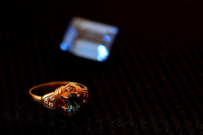 OverJewels social commerce per i gioielli