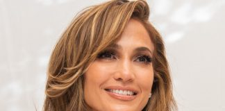 Jennifer Lopez look estivo