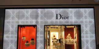 Descrizione cappotto blu Dior