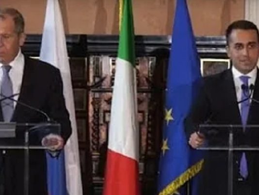 Lavrov incontra Di Maio per discutere della Libia