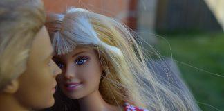 Barbie e Ken giocattoli