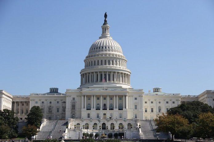 USA: Camera approva l'aumento del tetto del debito