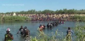 USA: migranti frustati dalle guardie di frontiera