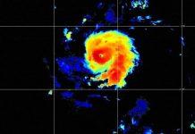 intenso uragano