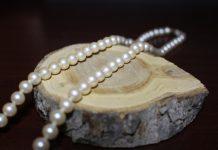 Collana di perle moda Inverno 2021
