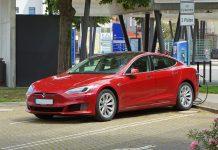 Aggiornamento Over the Air Tesla